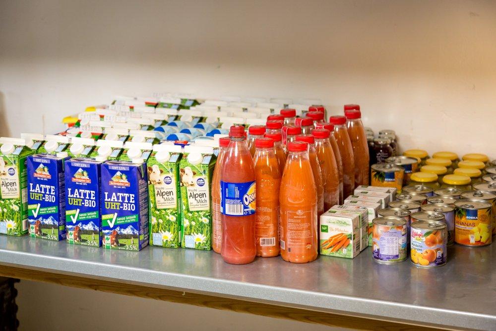 Natürlich gibt es auch Milche, Säfte und andere Getränke - jedoch nicht den geringsten Alkohol!