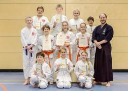 2015-12-21-Kyu-Pruefung-Schulgruppe-Raster